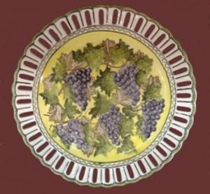 piatto centrotavola con uva