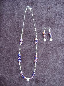 collana leggera con perle di ceramica
