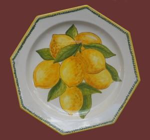 piatto centrotavola con limoni