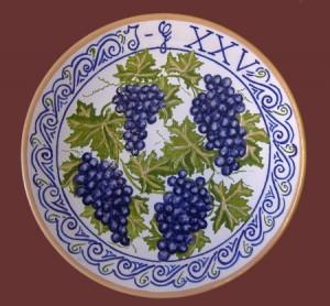 piatto anniversario con uva