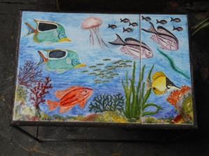 tavolino in ceramica fondale marino