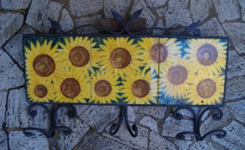 Attaccapanni girasoli dipinti ceramica artistica lustig