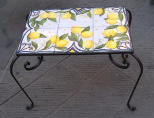 tavolino limoni, tavoli da giardino in ceramica