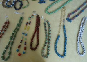 collane di perline in maiolica