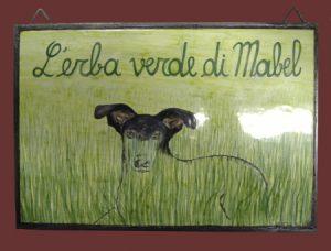 Prato con cane, piastrella dipinta