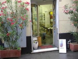 il primo negozio in via Cairoli a S. Margherita Ligure