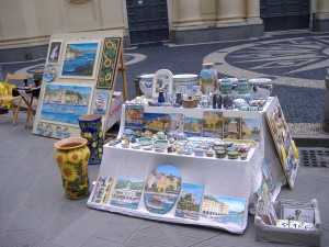 mercatino a S. Margherita L. in piazza Caprera