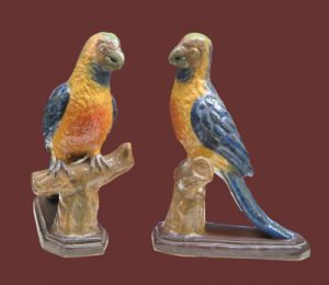 Pappagalli in ceramica, coppia di are