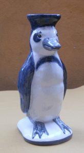 Pinguino in ceramica portafiori
