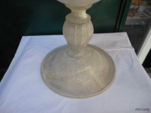 Vaso di cristallo da restaurare