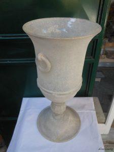 Vaso a calice in cristallo di Venini restaurato a S.Margherita Ligure