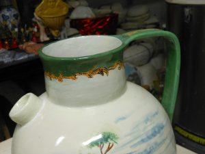 orcio in ceramica restaurato nel laboratorio artigianale di S.Margherita Ligure