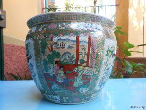 Vaso in porcellana cinese restaurato nel laboratorio di ceramica artistica Lustig