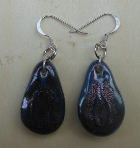 orecchini in ceramica blu metallizzato