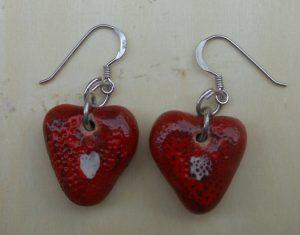 orecchini a cuore con argento