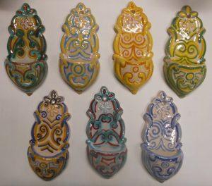 piccole acquasantiere in ceramica