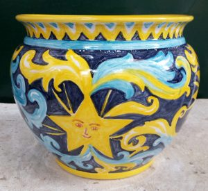 Nascondi -vaso in ceramica dipinto amano blu e giallo