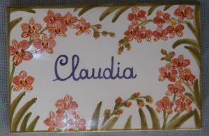 Piastrellacon nome e decoro floreale