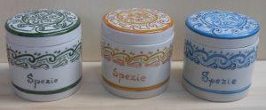 Barattoli in porcellana per spezie e aromi