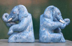 Elefanti in ceramica