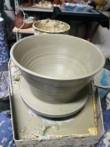 Lavorazione al tornio con l'argilla