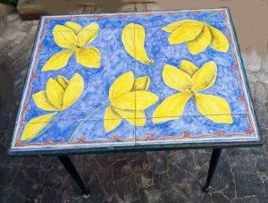 Tavolino da arredamento in ceramica,tavolo per terrazzo