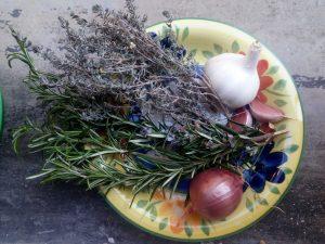 Prevenzione COVID-19 Aglio, cipolla e piante aromatiche