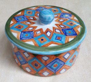 Porta dolciumi in ceramica dipinto a mano