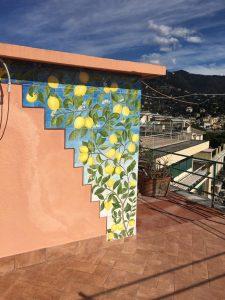 Piastrelle per rivestimento muro terrazzo