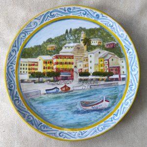 Piatto in ceramica dipinto a mano con Portofino