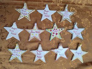Decorazioni natalizie in ceramica artigianale