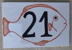 N. civico con pesce