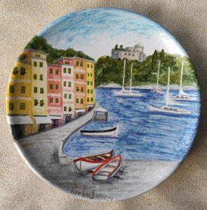 Piatto in ceramica Portofino calata e castello Brown