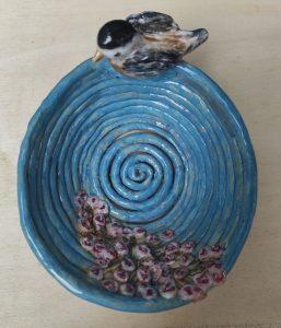 Cestino in ceramica portauova