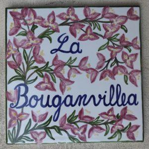 Piastrella con bouganvillea