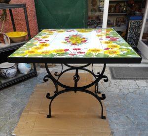 Tavoli in ceramica personalizzati